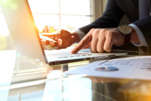 Gewerbeversicherung: Umfassender Schutz auf drei Ebenen